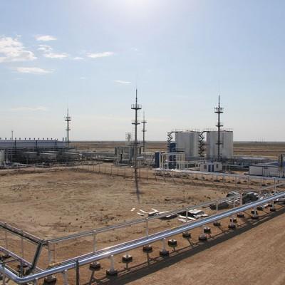 """Установка комплексной подготовки попутного нефтяного газа, построенная """"ГазСёрф"""" за 18 месяцев «под ключ», 2013 год."""